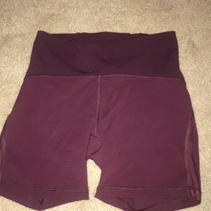 Like new, lululemon maroon  shorts